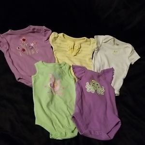Set of 5. Onesies. 0-3 months